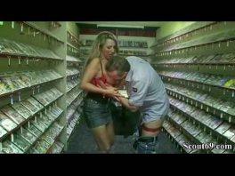 Image Dreier mit den Besitzern von Sex Shop