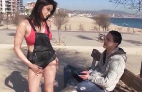 Image Miyuki Son trifft einen kleinen Spanier auf der Straße und bringt ihn ins Bett